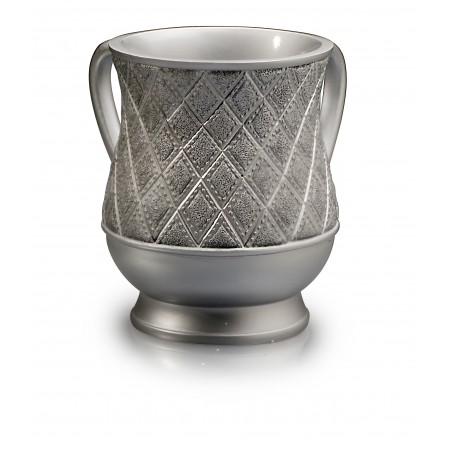 Acrylic Gold plated/Ivory rope design wash cup.
